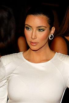 225px-Kim_Kardashian_2009