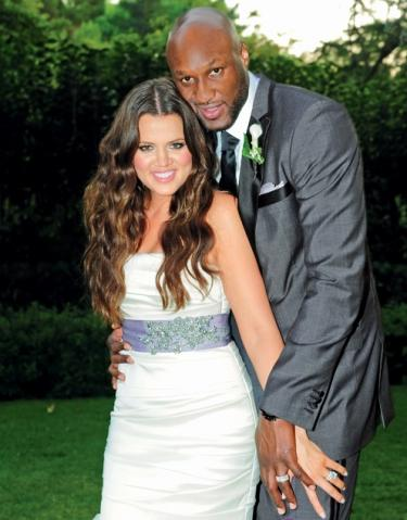 lamar-odom-and-khloe-kardashian-wedding-picture_375x479
